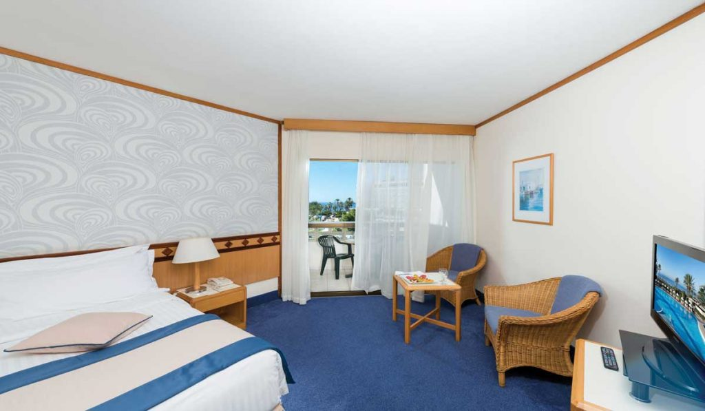 24-ATHENA-BEACH-HOTEL-STANDARD-ROOM-LSV