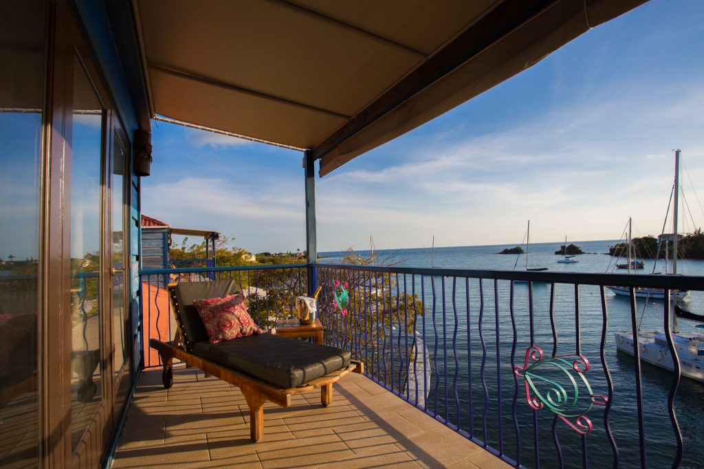 balcony-overlooking-the-bay